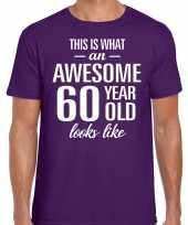Awesome 60 year verjaardag cadeau t-shirt paars voor heren kopen