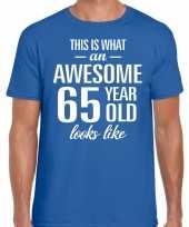 Awesome 65 year verjaardag cadeau t-shirt blauw voor heren kopen