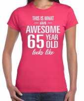 Awesome 65 year verjaardag cadeau t-shirt roze voor dames kopen
