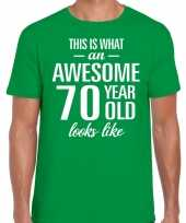 Awesome 70 year verjaardag cadeau t-shirt groen voor heren kopen