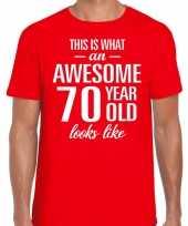 Awesome 70 year verjaardag cadeau t-shirt rood voor heren kopen
