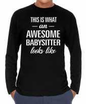 Awesome babysitter oppas cadeau shirt zwart voor heren kopen