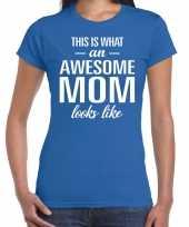 Awesome mom t-shirt blauw voor dames cadeau moeder kopen