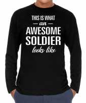 Awesome soldier soldaat cadeau shirt zwart voor heren kopen