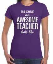 Awesome teacher cadeau juffendag t-shirt paars voor dames kopen