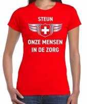 Steun onze mensen in de zorg zilveren schild shirt rood voor dames kopen
